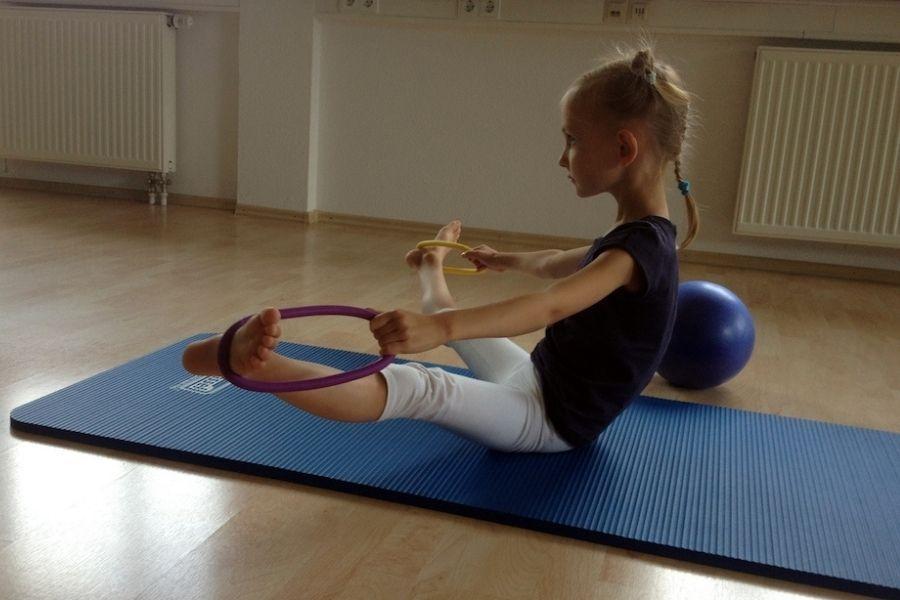 pilates-kinder-und-jugendliche-1